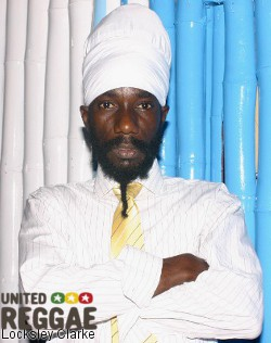 Sizzla in bike crash